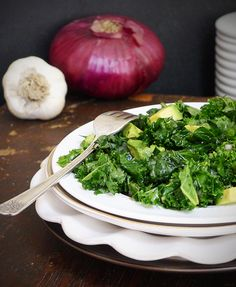 Kale Avocado Salad Garlic
