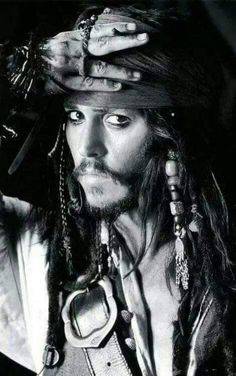 Johnny Depp as Jack Sparrow in Pirates of the Caribbean: The Curse of the Black Pearl - Photoshoot Johnny Depp Wallpaper, Johnny Depp Fans, Johnny Depp Movies, Captain Jack Sparrow, Jack Sparrow Wallpaper, Jack Sparrow Quotes, Hollywood Action Movies, Jonny Deep, Pirate Life