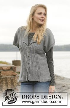 """Knitted DROPS jacket with textured pattern, collar and short sleeves in """"BabyAlpaca Silk"""". Size: S - XXXL. ~ DROPS Design"""