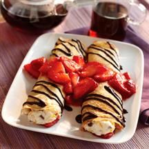 Ricotta-Filled Crepes with Berries - Smucker's Crisco Recipes, Sugar Free Recipes, Ww Recipes, Diabetic Recipes, Cooking Recipes, Diabetic Desserts, Dessert Recipes, Crepe Recipes, Sweet Desserts