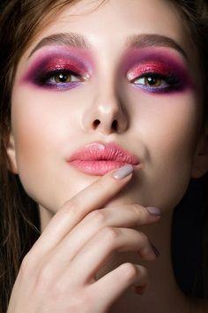 nice Яркий макияж с красными тенями (50 фото) — Будь оригинальной!