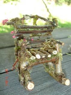 Faery chair. I could make some swing versions of this to hang in the trees and pussy willow shrubs!