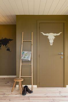 Houten plafond schilderen met colora!