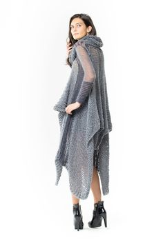 Cashmere and Silk Valentina Cape. Luxury Limited Edition New Zealand made knitwear. www.elkaknitwear.co.nz