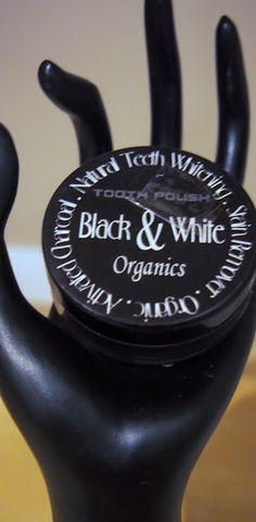 Black & white ja hammaslääkäristä saatua palautetta