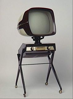 "This vintage television has a ""War of the Worlds"" vibe going on.  Source: Unknown"