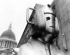 Cybermen in London. Dr Who. Dark Roasted Blend: Elegant, Sinister Hydra Coupe