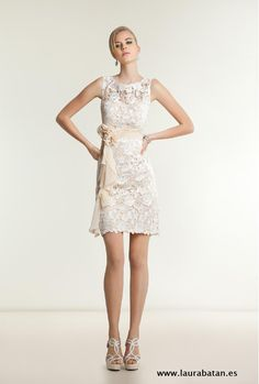 Adoro los vestidos de novia cortos, ¿y tu? http://on.fb.me/1BCFrdG  Tfno. Cita Previa: 94 415 36 68