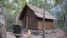 Za 102 dní si zadarmo a vlastnoručne postavil malý domček