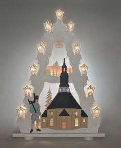 """Lichterspitze Seiffener Kirche 15 flg. #Holzkunst #Erzgebirge #Volkskunst #Seiffen #Bergmann #Schwibbogen # Weihnachten Die Bergkirche zu Seiffen ist das Wahrzeichen des Dorfes. Auf der Lichterspitze """" Seiffener Kirche """" ist sie mit einem traditionellen Bergmann dargestellt. Die  Lichterspitze  wird aus  FSC® zertifizierten Sperrholz  gefertigt und..."""