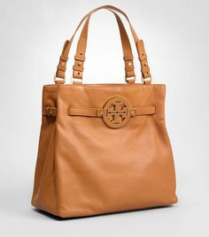 Gorg Tory Burch bag....perfect size for books!
