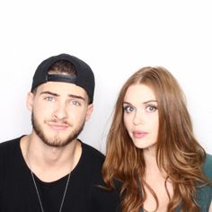 Comic-Con '15: EW's Celebrity GIF Guide, Day 1 | Cody Christian and Holland Roden, 'Teen Wolf' | EW.com