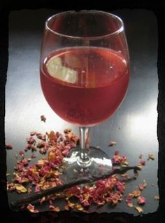 herbal infusions ... 3 easy herb-infused water recipes ... 1) lemongrass, mint & vanilla ... 2) cardamom, orange & vanilla ... 3) blackberry, rose & vanilla ...