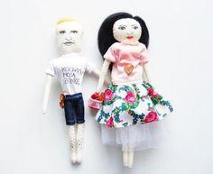 Karykatury na zamówienie - para, w sklepie Poduszki w kształcie pieńków na ezebee.com