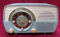 Stewart-Warner 9162E Clock Radio