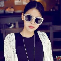 Exquisite Gold Color Hollow Metal Fram Design Alloy Sunglasses http://earrings.asumall.com/