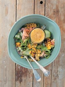 The perfect braai side for any occasion - Chargrilled mealie, avocado and flaked salmon salad with spicy pineapple dressing. Recipe here. Braai Recipes, Healthy Recipes, Healthy Food, Salmon Salad, Cobb Salad, Braai Salads, Backpacking Food, Salad Bowls