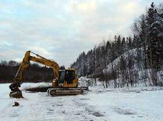 Perustusten kaivaminen alkoi tammikuun 12. päivä.