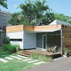 Shipping container homes are on demand. For the minimalist fans, shipping containers offer supper affordable material for their minimalist homes. Prefab Shipping Container Homes, Shipping Container Office, Shipping Container Home Designs, Shipping Containers, Container Van House, Cargo Container Homes, Container House Design, Container Architecture, Glass Facades