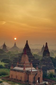 Sunrise in Bagan Myanmar By CitizenFres