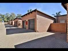 3 Bed Townhouse for sale in Gauteng Kempton Park, Private Property, Open Plan, Home Buying, Townhouse, Mansions, House Styles, Bed, Modern