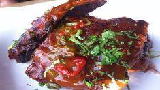 Recept na vynikající pikantní hovězí žebírka | Jalapeno, Chilli, Habanero pálivé papričky a feferonky Ribs On Grill, Steak, Grilling, Menu, Chili, Treats, Baking, Food, Ribs On The Grill