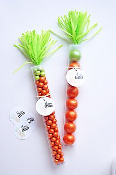 Cute Candy Tube Easter Carrots :: Easter Ideas for Kids | @Pen N' Paper Flowers for The TomKat Studio