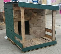 Dog House Made With Recycled Pallets Huts, Cabins & Playhouses