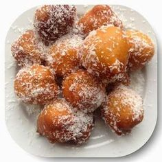 No koesisters this morning so we made  capemalay bollas. Here& the recipe. Bollas Makes approximately 40 bollas Ingredient. South African Desserts, South African Recipes, Indian Food Recipes, Halal Recipes, Africa Recipes, Ethnic Recipes, Donut Recipes, Baking Recipes, Dessert Recipes