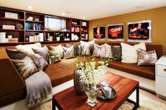 Again with the built in bench!  Waverley - contemporary - living room - toronto - Sealy Design Inc.