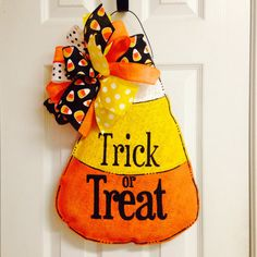 This hand painted stuffed burlap door hanger is perfect for your door to welcome your Halloween guests!! It measures approximately 22X14. It