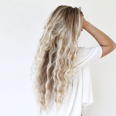 We've had ombre, balayage, tortoiseshell and even colour contouring, but now babylights are THE buzzword in the world of tresses – a new natural-looking highlight that mimics the sun-kissed tones your hair gets as a child.