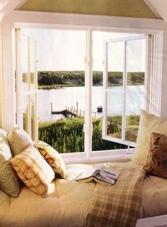 This idyllic cozy reading nook is on a window seat with a peaceful lake view. We love the pillows and the comfy blanket, too! Home Interior, Interior And Exterior, Interior Design, Bathroom Interior, Interior Ideas, Design Bathroom, Kitchen Interior, Modern Bathroom, Home Design