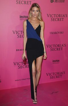 045e466ab6 Martha Hunt Black And Blue Dress