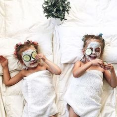 """Cute idea to do with daughter. """"Spa Date"""" to a hotel, go in pool/wear robes. Rent in girly movie for night time, snacks & cuddles. In the morning, go for waffles & smoothies and go for a walk ♥️ Cute Kids, Cute Babies, Baby Kids, Kids Spa, Baby Family, Family Kids, Little People, Little Ones, Family Goals"""