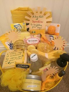 More of the sunshine gift Themed Gift Baskets, Birthday Gift Baskets, Diy Gift Baskets, Raffle Baskets, Cute Birthday Gift, Friend Birthday Gifts, Birthday Crafts, 90th Birthday, Grandpa Birthday