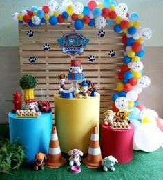 Birthday Pinata, Birthday Party Tables, Farm Birthday, First Birthday Parties, Paw Patrol Birthday Decorations, Paw Patrol Birthday Theme, Diy Birthday Decorations, Bolo Do Paw Patrol, Paw Patrol Cake