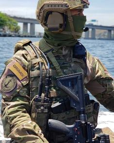 Army Men, Military Photos, Military Police, Military Weapons, Special Ops, Special Forces, Marine Recon, Man Of War, Naval