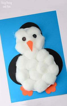 Cotton Balls Penguin Craft - cute and easy to make penguin craft to include in winter study! Cotton Balls Penguin Craft - cute and easy to make penguin craft to include in winter study! Daycare Crafts, Classroom Crafts, Toddler Crafts, Holiday Crafts, Fun Crafts, Arts And Crafts For Kids Easy, Simple Crafts, Winter Crafts For Kids, Art For Kids