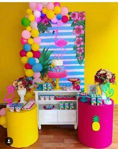 Donut Birthday Parties, Fruit Birthday, Aloha Party, Luau Party, Flamingo Birthday, Flamingo Party, Wedding Balloon Decorations, Birthday Party Decorations, Tropical Party