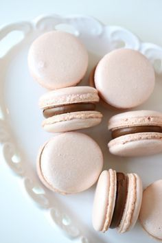 lovely vanilla macaroons with chocolate ganache filling