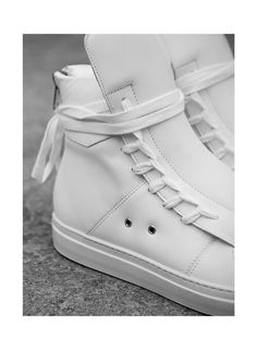 online retailer 04a38 2685b From Phillipp Plein s statement hi-tops to Alexander McQueen s sought-after  collab with Puma, FORZIERI knows the sneakers we want to buy this week.
