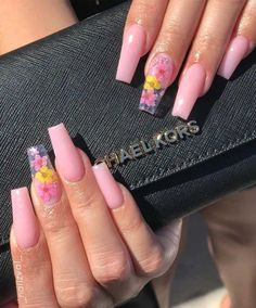 40 Fabulous Nail Designs That Are Totally in Season Right Now - nail art designs almond nail art design acrylic nail art short nail designs with glitter nail nailart acrylic Clear Acrylic Nails, Summer Acrylic Nails, Clear Glitter Nails, Acrylic Nail Art, Summer Nails, Nail Swag, Fire Nails, Short Nail Designs, Acrylic Nails Designs Short
