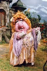 Amy Schumer look like Ma Gorg from Fraggle Rock. Classic Cartoon Characters, Classic Cartoons, Aliens, Sesame Street Muppets, Fraggle Rock, The Muppet Show, 80s Kids, Oldies But Goodies, Jim Henson