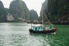Ha Long Bay, Vietnam: The descending dragon