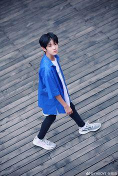 Ulzzang Kids, Baby Models, Chinese Boy, Korea, Beautiful Children, Hot Boys, Handsome Boys, Cute Kids, Boy Bands