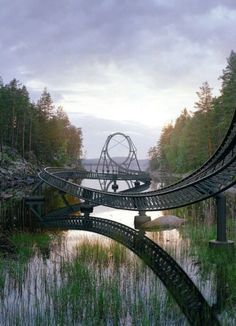 Funny pictures about The World's Largest Theme Park. Oh, and cool pics about The World's Largest Theme Park. Also, The World's Largest Theme Park. Abandoned Theme Parks, Abandoned Amusement Parks, Abandoned Places, Amusement Park Rides, Park Around, Water Slides, Journey, Adventure Is Out There, Belle Photo