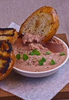 Duck Pate with Toast Rounds [www.enjoyfoiegras.com]