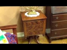 ANTIQUE FURNITURE 1840S THREE DRAWER WORK TABLE WITH BURLE WOOD & CLAW FEET