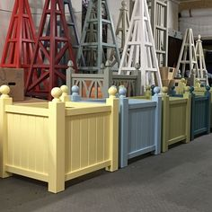 4 Versailles Style Wooden Garden Planters painted in corporate colours for a prestigious Property Estate Agency in Truro Cornwall. Made from environmentally friendly, sustainable Accoya wood with 25 year guarantee. Diy Planters, Versailles, Wooden Garden, Best Outdoor Furniture, Painted Boxes, Trough Planters, Wooden Garden Planters, Wooden, Garden Design